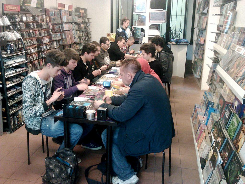 Reggio emilia games academy for Subito it arredamento reggio emilia